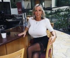 Single woman over 40, Bridgette